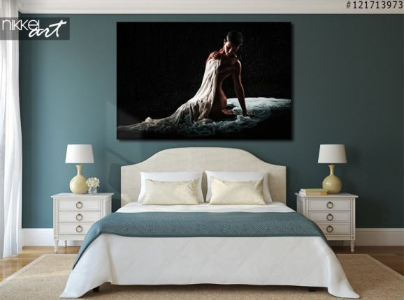 Foto auf Alu-dibond Künstlerische Akt Frau auf schwarzem Hintergrund