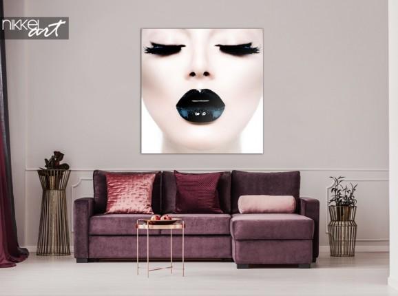 Foto auf Plexiglas Lady mit Schwarzen Lippen