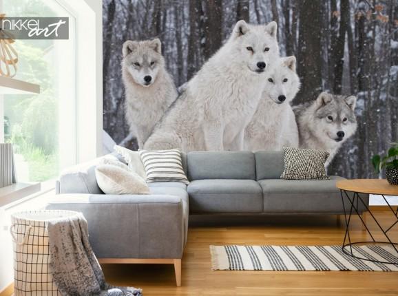 Wohnzimmer mit Fototapete Wölfe