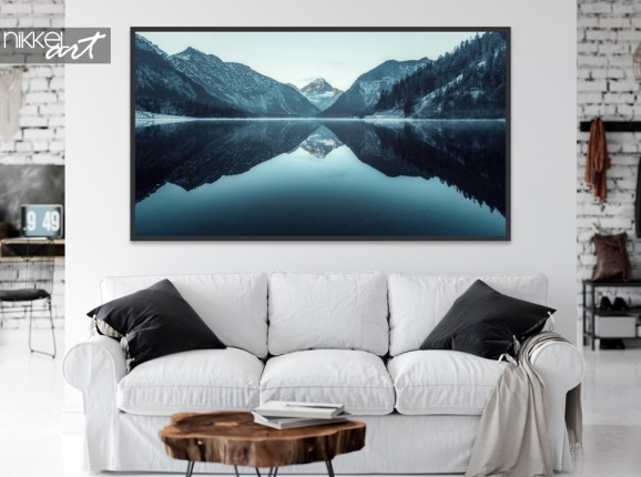 Wohnzimmer mit Poster Berge