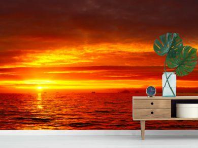 Sea sunset idyll