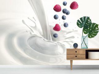 Himbeer-Heidelbeer-Milch