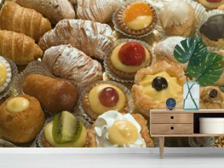 pastries, small italian dessert, patisserie mignon