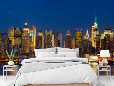 Manhattan skyline panorama at night, New York