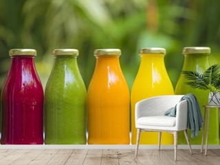 Organic cold-pressed raw vegetable juices
