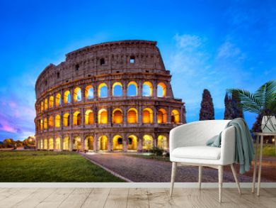 Kolosseum in Rom bei Nacht