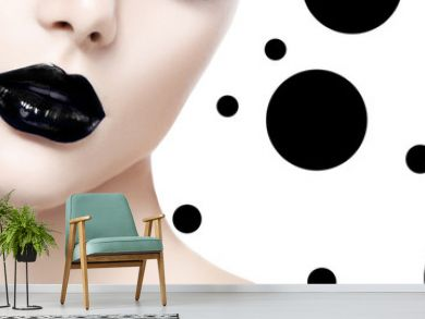 Beauty fashion model girl face with black makeup