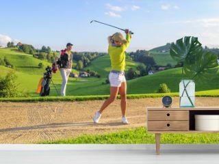 Golf spielen in herrlicher Landschaft