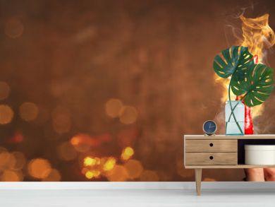 Scharfe Chilischote umgeben von Feuer als Panorama