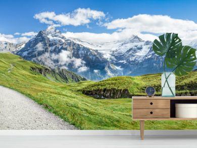 Wanderurlaub in den Schweizer Alpen bei Grindelwald