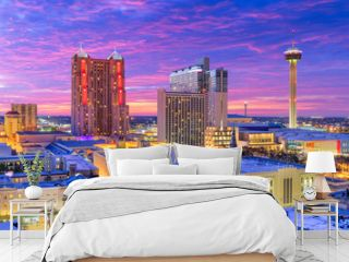 San Antonio, Texas, USA Skyline at dusk