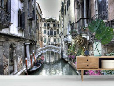 Gondel, Palazzi und Bruecke, Venedig, Italien