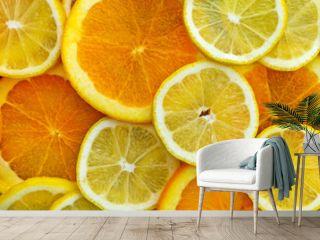 Zitronen- und Orangenscheiben