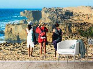 turiste guardano panorama in marocco