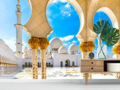 Sheikh Zayed Mosque, Abu Dhabi, United Arab Emirates.