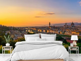 Panoramic sunset view of Florence, Ponte Vecchio, Palazzo Vecchio and Florence Duomo, Italy