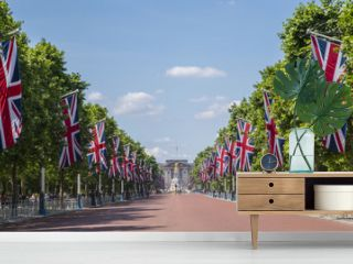 The Mall and Buckingham Palace in London