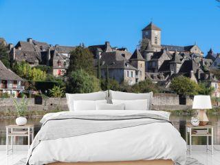 Nouvelle-Aquitaine - Limousin - Corrèze - Argentat sur  Dordogne - Vue sur le la Quai Lestourgie