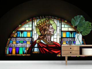 Salomon. Vitrail. Eglise Saint-Jean-Baptiste. Taninges. / Solomon. Stained glass. St. John the Baptist Church. Taninges.