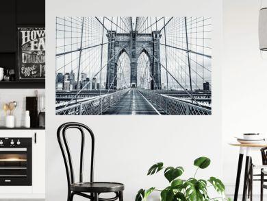 Black and white Brooklyn Bridge