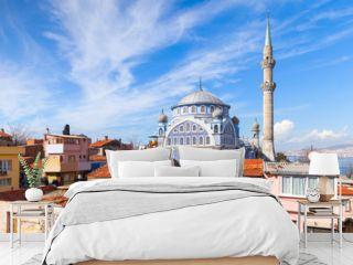 Street view with Fatih Camii mosque, Izmir, Turkey