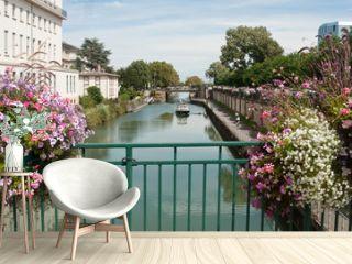 canal fluvial à Mulhouse -Alsace - France