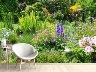 Blick in den schönen Garten Panorama