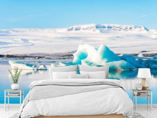 jokulsarlon glacier on sunny day, iceland
