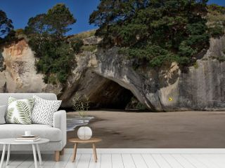 The famous archway at Cathedral Cove
