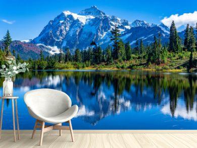 Picture Lake Reflection of Mount Shuksan