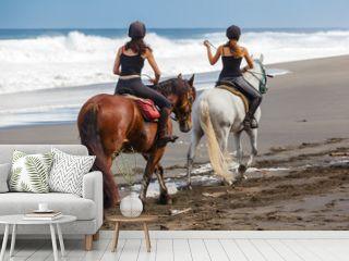 promenade à cheval sur la plage de l'Etang-Salé, Réunion