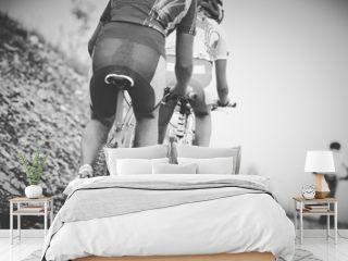 ragazzo ciclista gara di mountainbike