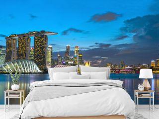 Singapur Skyline zur blauen Stunde