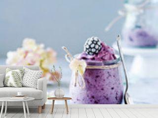 Nicecream mit Brombeeren - gesundes Dessert
