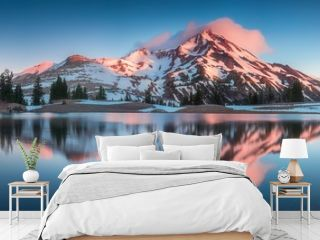 Summer Sunrise South Sister mountains in central Oregon near Bend are reflected in Green Lakes. Mountains in the cascade Range of Oregon, USA Beautiful landscape background concept