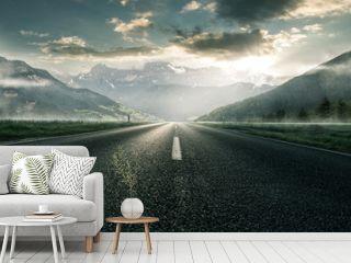 Straße für durch Berglandschaft